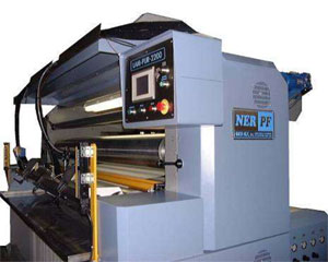 Laminating with engraved roller LAM-PUR-2200 (PUR hotmelt)